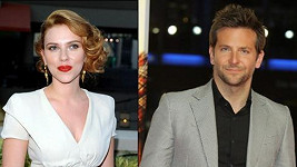 Bradley Cooper a Scarlett Johansson prý tvoří nový pár.