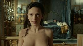 Herečka Anna Brewster (31)