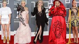 Grammy letos spíš připomínaly oslavy Halloweenu.
