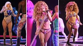 Lady Gaga nakynula.