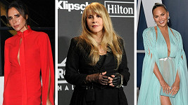 Tyto slavné dámy už silikonům neholdují.