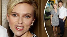 Scarlett Johansson dva měsíce po porodu.
