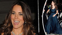 Kate se plná sil vrhla do dalších společenských povinností...