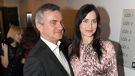 Alex s manželem Vratislavem Mynářem v době, kdy čekala syna.