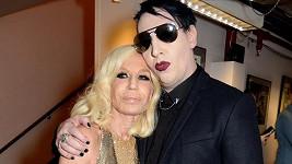 Donatella si našla sobě rovného kamaráda.