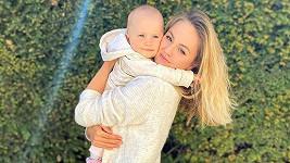 Tereza Fajksová s dcerkou