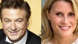 Aleca Baldwina prý pronásleduje tato půvabná kanadská herečka.