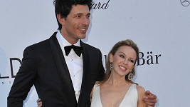Kylie Minogue a Andres Velencoso.