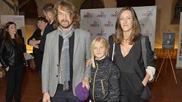 Dan Bárta s dcerou Eliškou a manželkou Alžbětou Plívovou