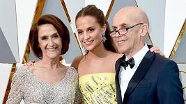 Alicia Vikander s maminkou Marií a tatínkem Svantem Vikanderem
