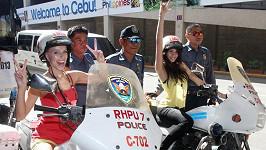 Tahle hra na policajtky mohla klidně skončit v policejní cele.