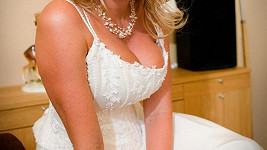 Poznáte, které sympatické blondýnce patří tyto poklady?