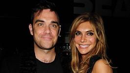 Robbie s manželkou Aydou, která je opět těhotná.