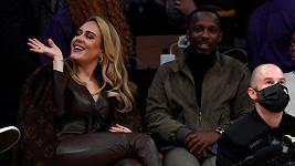 Adele po boku nového partnera Riche Paula