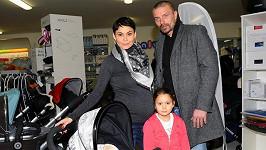 Tomáš Řepka byl spokojený, že nákup veškerých potřeb pro miminko netrval víc jak hodinu.