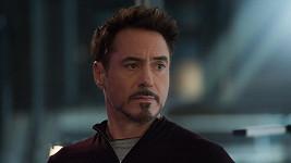 Robert Downey Jr. je díky roli Iron Mana v balíku.