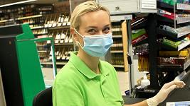 Barbora Mottlová nemá práci ve svém oboru, tak si našla jinou.