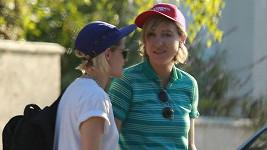 Kristen Stewart přivedla za svým tátou i přítelkyni Aliciu Cargile.