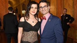 Radek Banga s manželkou na plese StarDance v Obecním domě.