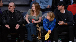 Jack Nicholson s dcerou Lorraine a Chris Martin se synem Mosesem