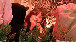 Leonardo DiCaprio a matka jeho přítelkyně Camily Morrone Lucila Solá u jednoho stolu