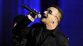Bono Vox přitahuje jednu tragédii az druhou.