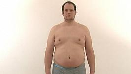 Roman Hošek má při výšce 190 centimetrů 140 kilogramů.