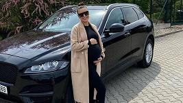 Monika Bagárová už by bříško neskryla.