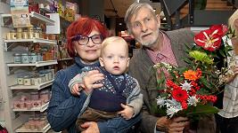 Jana Synková a Jan Schmid s vnukem Hugem