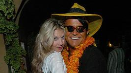 Laurinová a Nekonečný si spolu zahráli ve filmu Jak se krotí krokodýli.