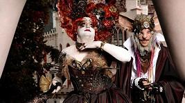 Který český babochlap se to ukrývá pod maskou zlé královny?
