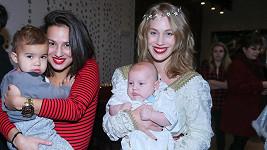 Aneta Krejčíková se synem Benem (vpravo) a svou sestrou Kateřinou