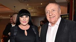 Dáda Patrasová by měla Felixe Slováčka vykopnout, shodly se celebrity.