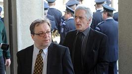Milan Šteindler a Tomáš Hanák na pohřbu Věry Chytilové
