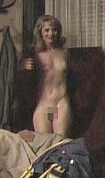 Zdena Studenková se ukázala úplně nahá ve filmu Tiene v raji.
