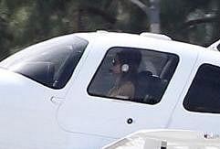 Angelina Jolie za kniplem.