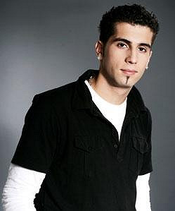 Talent na zpívání zdědil Michal po tatínkovi. Na jeho počest dokonce založil hudební skupinu Vega, která má totožný název s kapelou, se kterou před lety zpíval jeho otec.