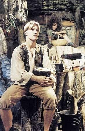 Radoslav Budáč ve svém posledním filmu Šmankote, babičko, čaruj! (1998)