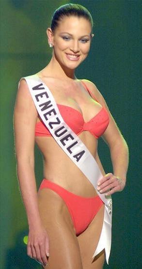 Eva Ekvall jako Miss Venezuela 2000.