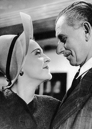 Zita Kabátová s Vlastou Burianem ve filmu Zlaté dno (1942).