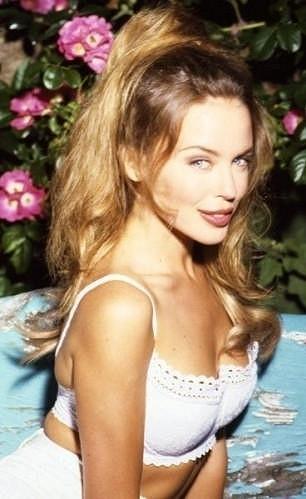 Australská zpěvačka byla krásná už v mládí.