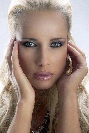 Dagmar Jihlavcová má andělskou tvář.