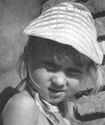 Simona Stašová byla roztomilá holčička.