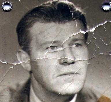 Otec Pojkarové zemřel v roce 1978 na rozklad jater.