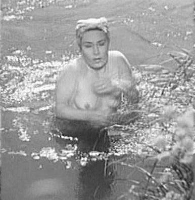 Lída Baarová se odhalila ve filmu Ohnivé léto.