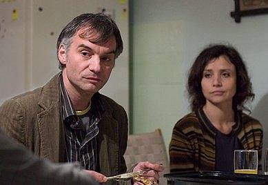 Mirka s Ivanem Trojanem v televizním filmu Šejdrem.