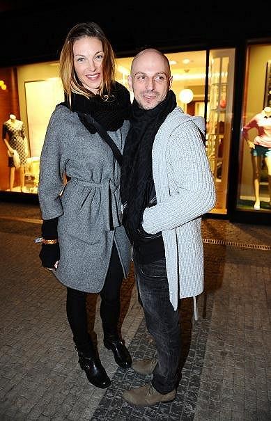 Nakoupit přišla i Pavlína Němcová se svým stylistou Filipem Vaňkem.