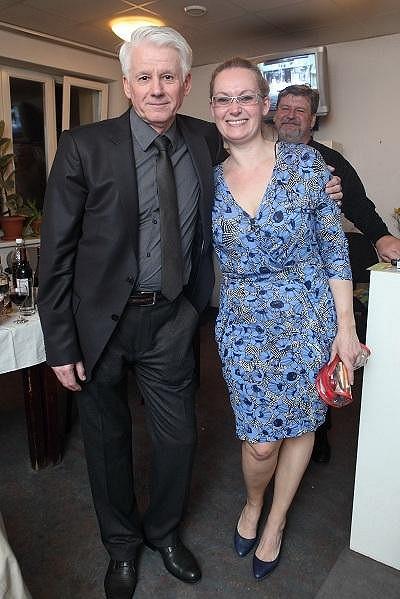 Zuzana s režisérem Emilem Horváthem mladším na párty po premiéře.