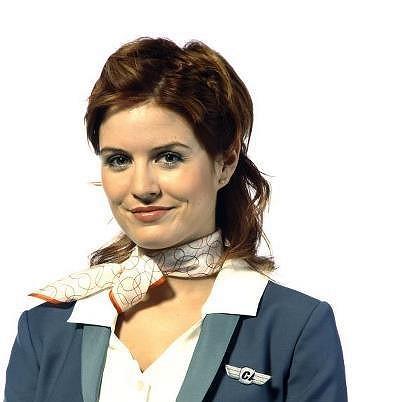 Zuzana jako bláznivá letuška v seriálu Letiště.