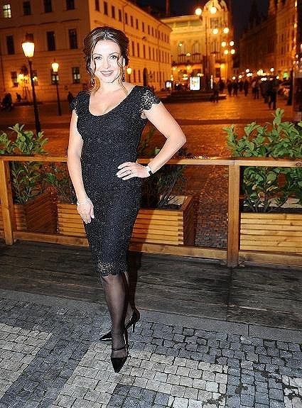 Dana Morávková vypadá skvostně.